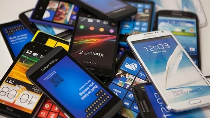 Teden pametnih telefonov