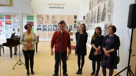 Uspešna otvoritev razstave Inventura 19, mladih ustvarjalcev likovne gimnazije Velenje
